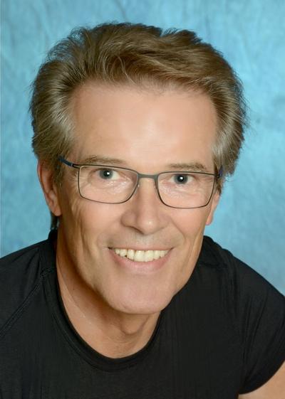 Dr. Kurt-Peter Hoecker